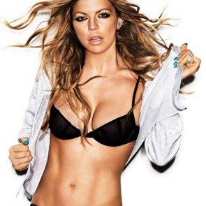 Fergie sexy black bra