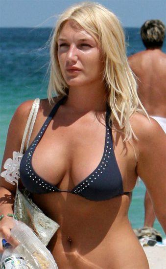 Brooke Hogan Nude LEAKED Pics & Blowjob Sex Tape 17