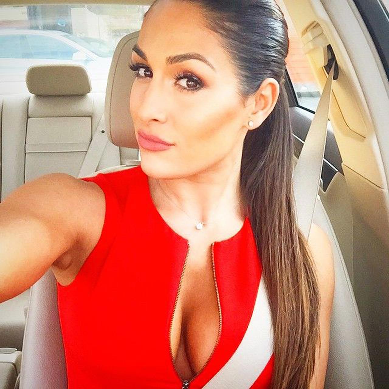 Nicki Bella Hot