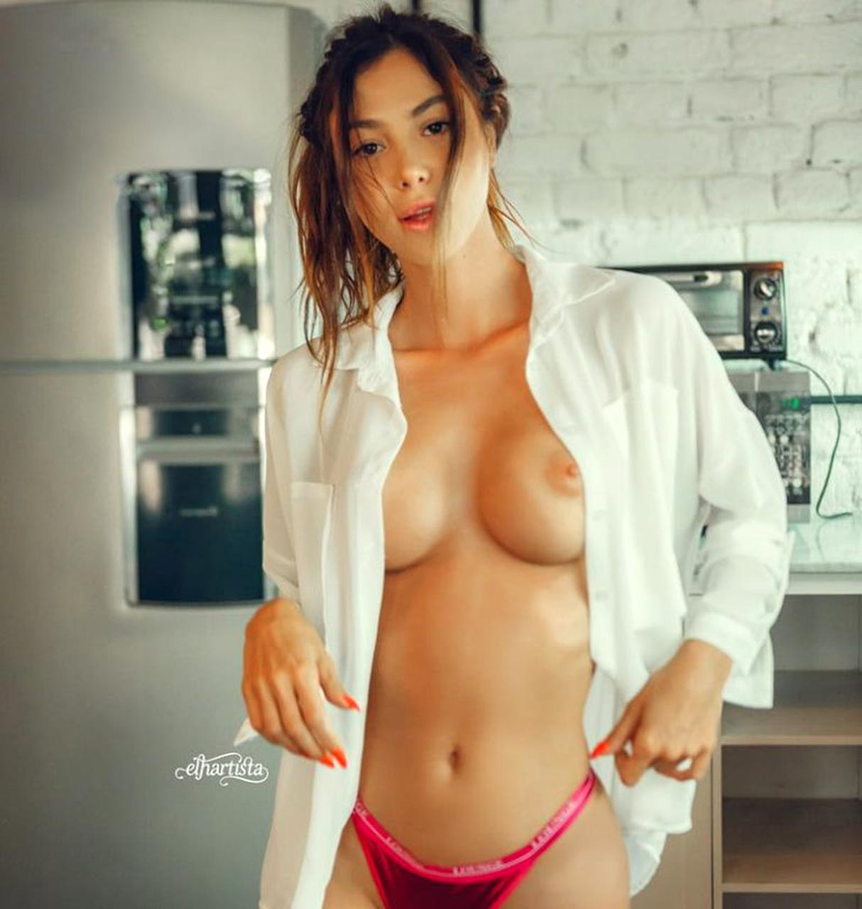 Claudia lynx nude pictures