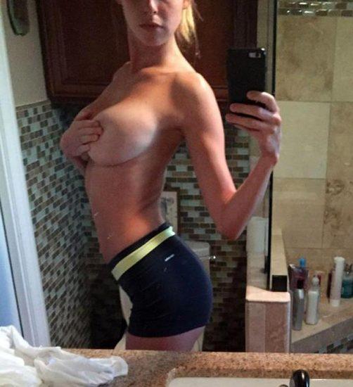 Elizabeth Turner naked big boobs