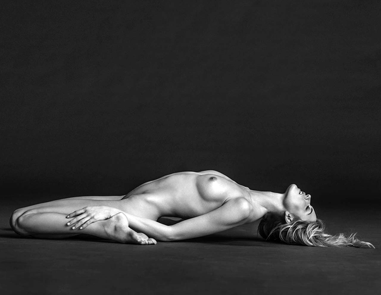 Martha Hunt Nude Photos Collection - Scandal Planet