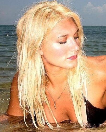 Brooke Hogan Nude LEAKED Pics & Blowjob Sex Tape 39