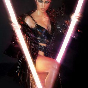 Kourtney Kardashian Nude – 2021 ULTIMATE Collection 11
