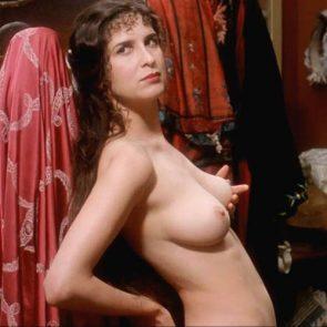 Pamela Rabe  nackt