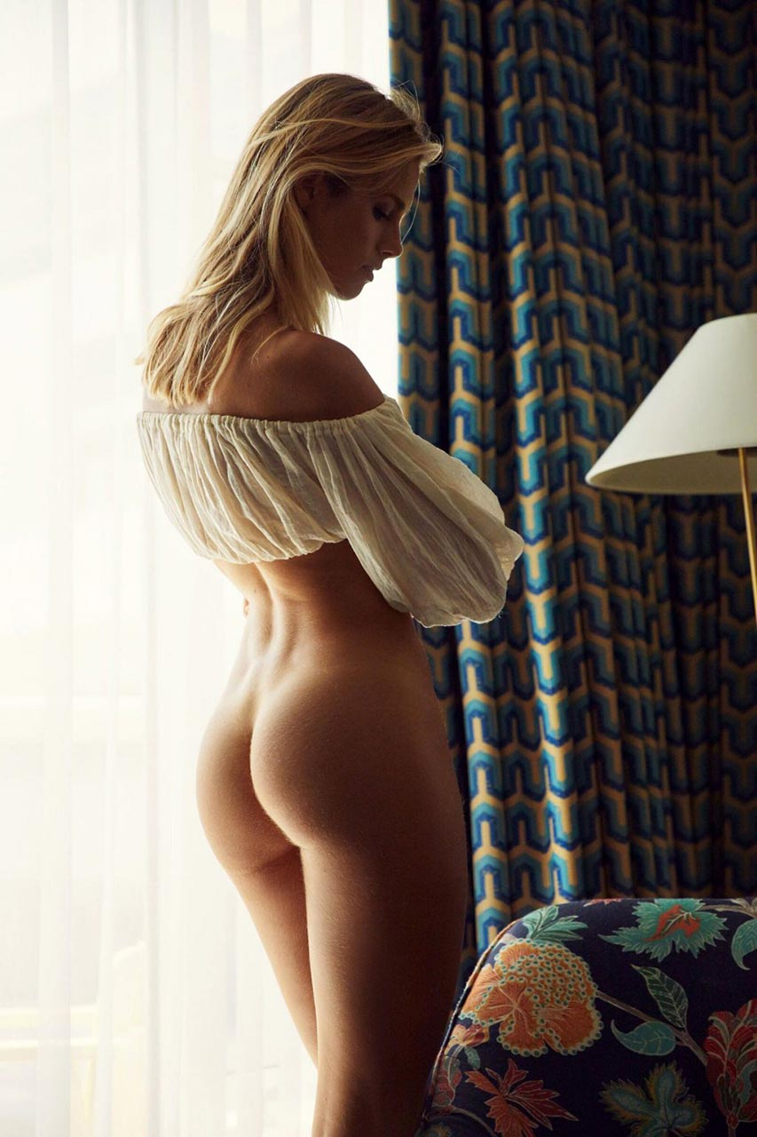 nude chicks pictures Hot