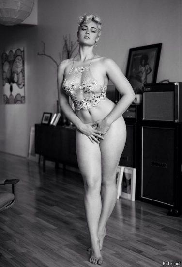 Stefania Ferrario Nude & Lesbian Pics And LEAKED Porn 75
