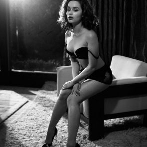 Emilia Clarke hot in black lingerie
