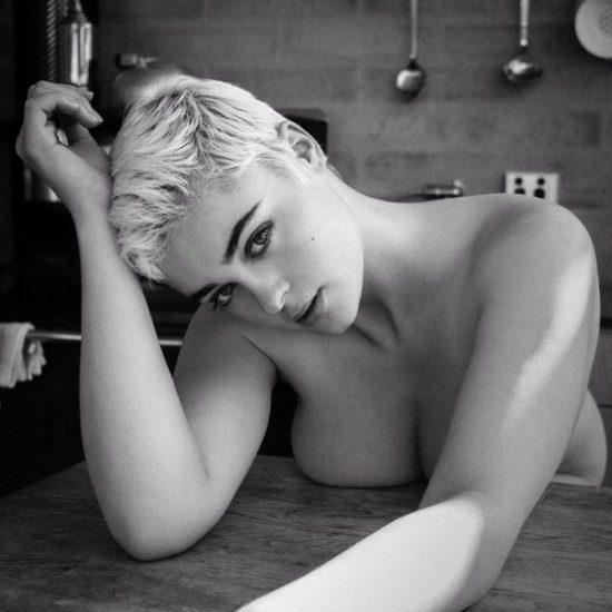Stefania Ferrario Nude & Lesbian Pics And LEAKED Porn 78