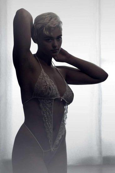 Stefania Ferrario Nude & Lesbian Pics And LEAKED Porn 99