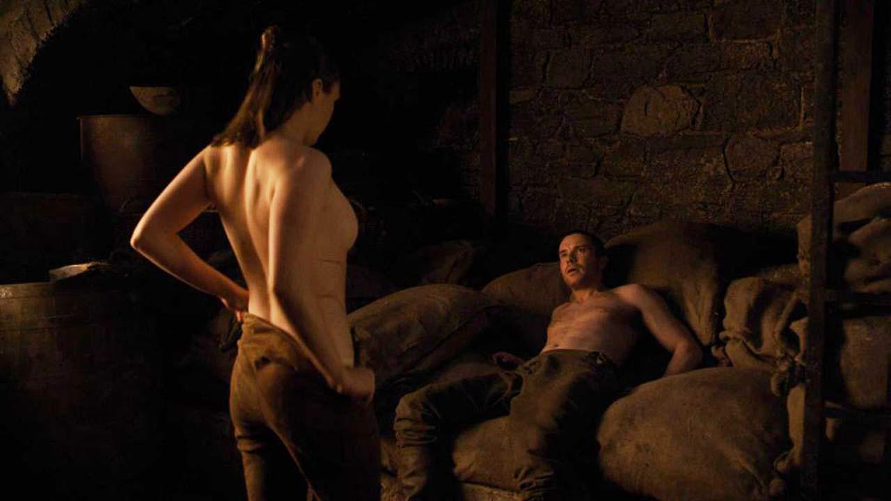 Maise williams sex scene