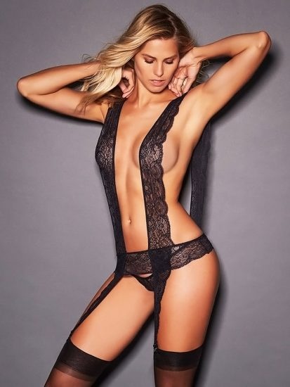 Natalie Roser Nude And Topless Pics & LEAKED Porn Video 70