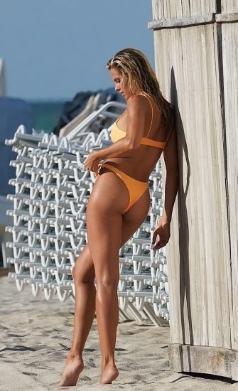Natalie Roser Nude And Topless Pics & LEAKED Porn Video 132