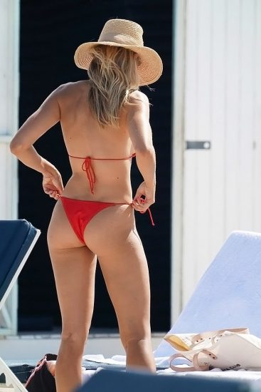 Natalie Roser Nude And Topless Pics & LEAKED Porn Video 117