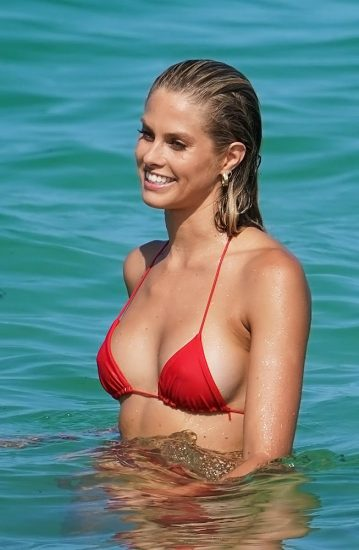 Natalie Roser Nude And Topless Pics & LEAKED Porn Video 114