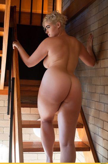 Stefania Ferrario Nude & Lesbian Pics And LEAKED Porn 33