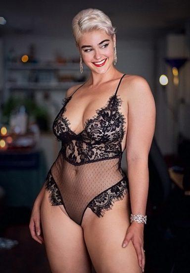 Stefania Ferrario Nude & Lesbian Pics And LEAKED Porn 54