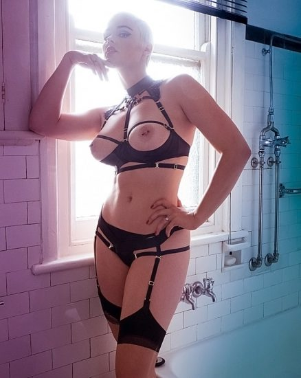 Stefania Ferrario Nude & Lesbian Pics And LEAKED Porn 56