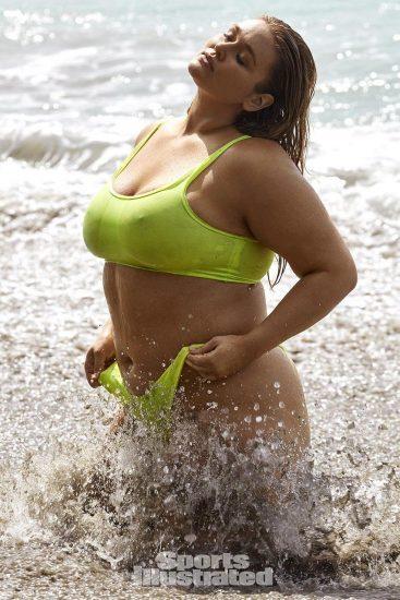Hunter McGrady Nude Pics & Topless for Sports Illustarted 26