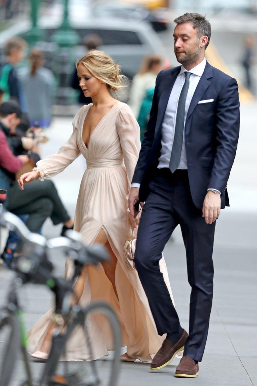 Jennifer Lawrence gets engaged to boyfriend Cooke Maroney