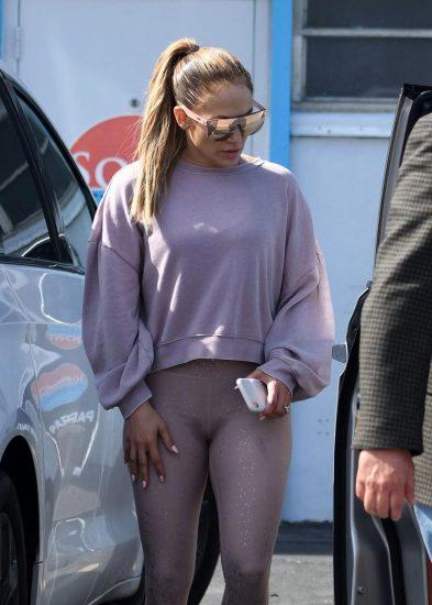 Jennifer Lopez Nude Pics and Naked Sex Videos 61