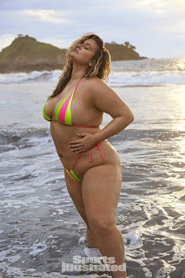 Hunter McGrady Nude Pics & Topless for Sports Illustarted 33