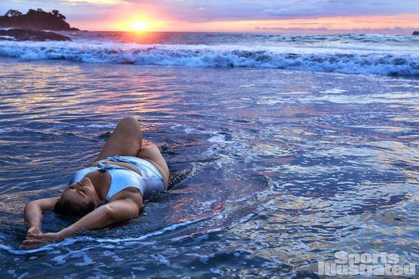 Hunter McGrady Nude Pics & Topless for Sports Illustarted 43