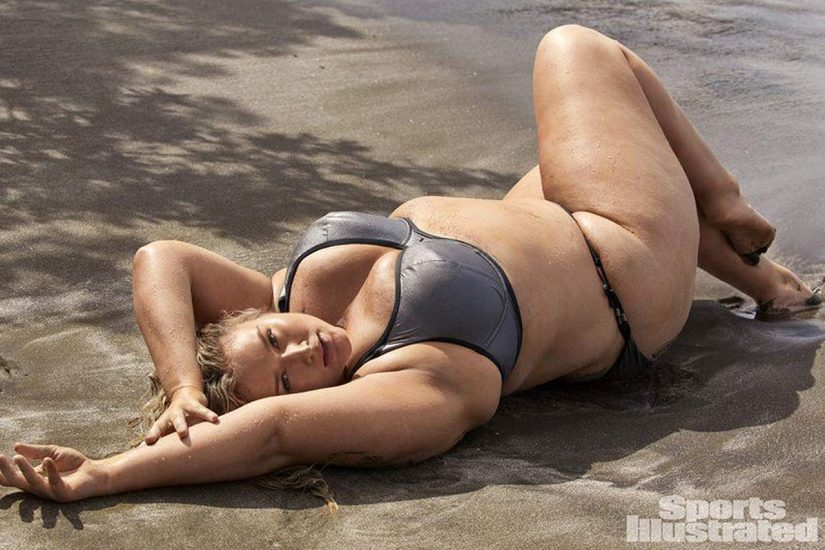 Hunter McGrady Nude Pics & Topless for Sports Illustarted 47