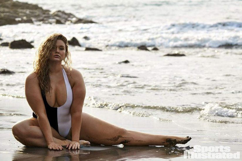 Hunter McGrady Nude Pics & Topless for Sports Illustarted 54