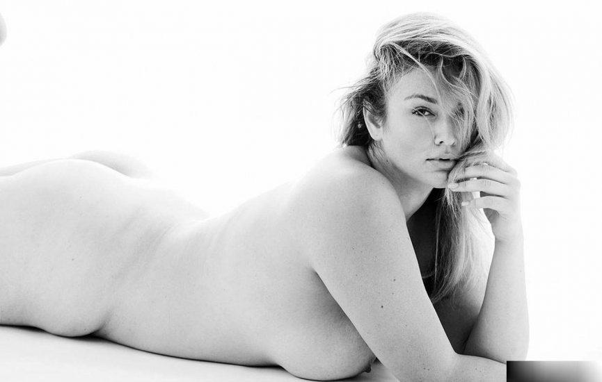 Hunter McGrady Nude Pics & Topless for Sports Illustarted 12