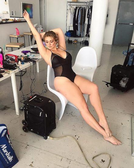 Hunter McGrady Nude Pics & Topless for Sports Illustarted 121