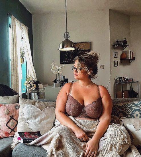 Hunter McGrady Nude Pics & Topless for Sports Illustarted 148