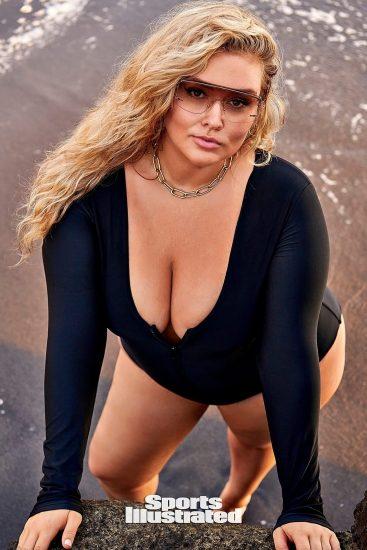 Hunter McGrady Nude Pics & Topless for Sports Illustarted 79