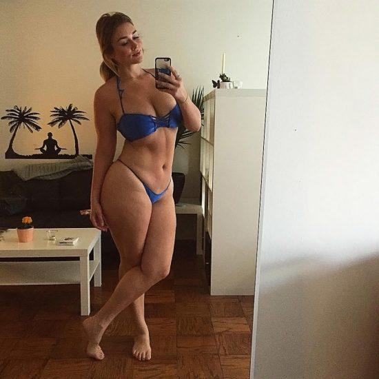Hunter McGrady Nude Pics & Topless for Sports Illustarted 112