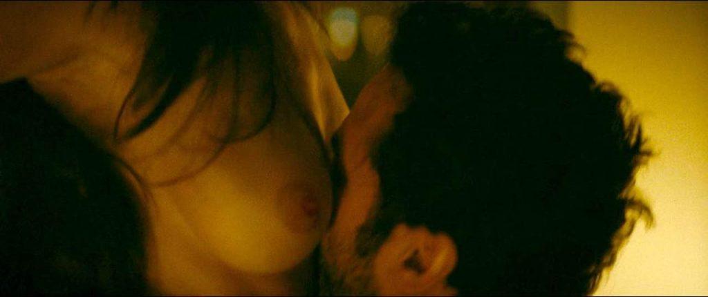 Charlotte Le Bon nude boobs