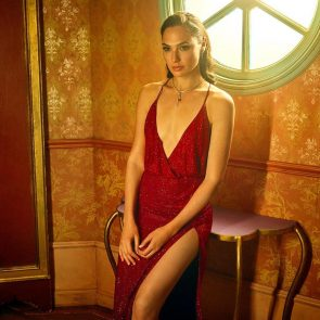 gal gadot sexy in red dress