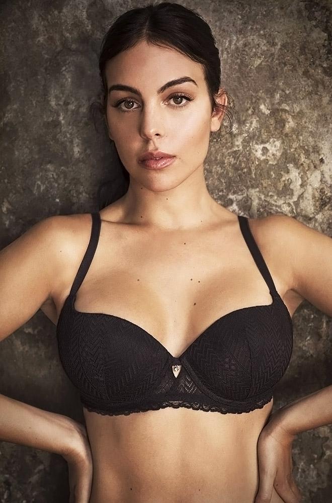 Georgina Rodriguez Nude Ass & LEAKED Sex Tape