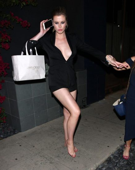 Ireland Baldwin Nude & Topless Pics And Porn Video 118