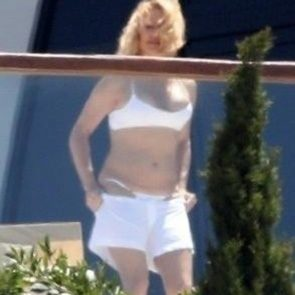 Pamela Anderson Nude Pics and Leaked Sex Tape 86