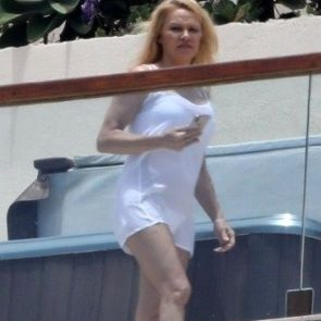 Pamela Anderson Nude Pics and Leaked Sex Tape 43