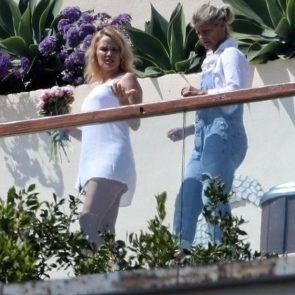 Pamela Anderson Nude Pics and Leaked Sex Tape 48