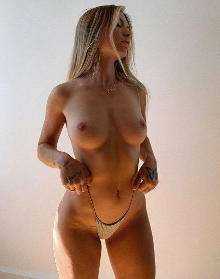 Pauline Tantot Nude LEAKED Pics And Sex Tape Porn 109