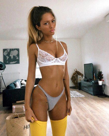 Pauline Tantot Nude LEAKED Pics And Sex Tape Porn 292