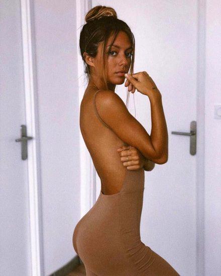 Pauline Tantot Nude LEAKED Pics And Sex Tape Porn 325