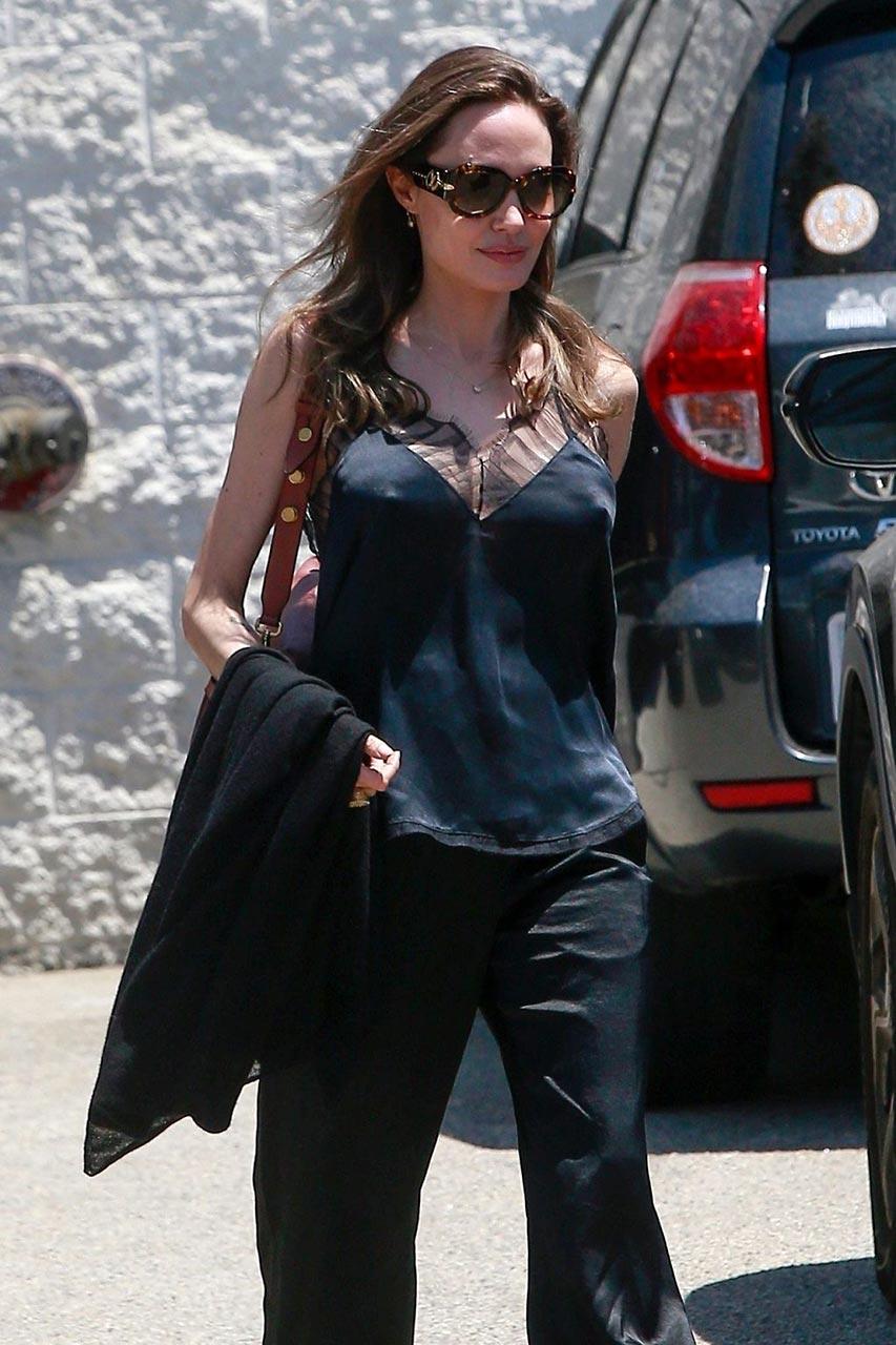 Angelina Jolie Braless - Nipple Pokies in Black Top