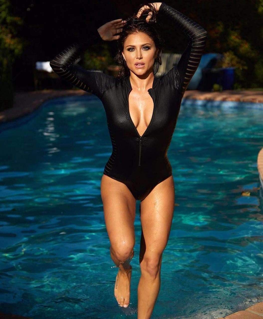 Cassie Scerbo Sexy Photos Collection - Scandal Planet