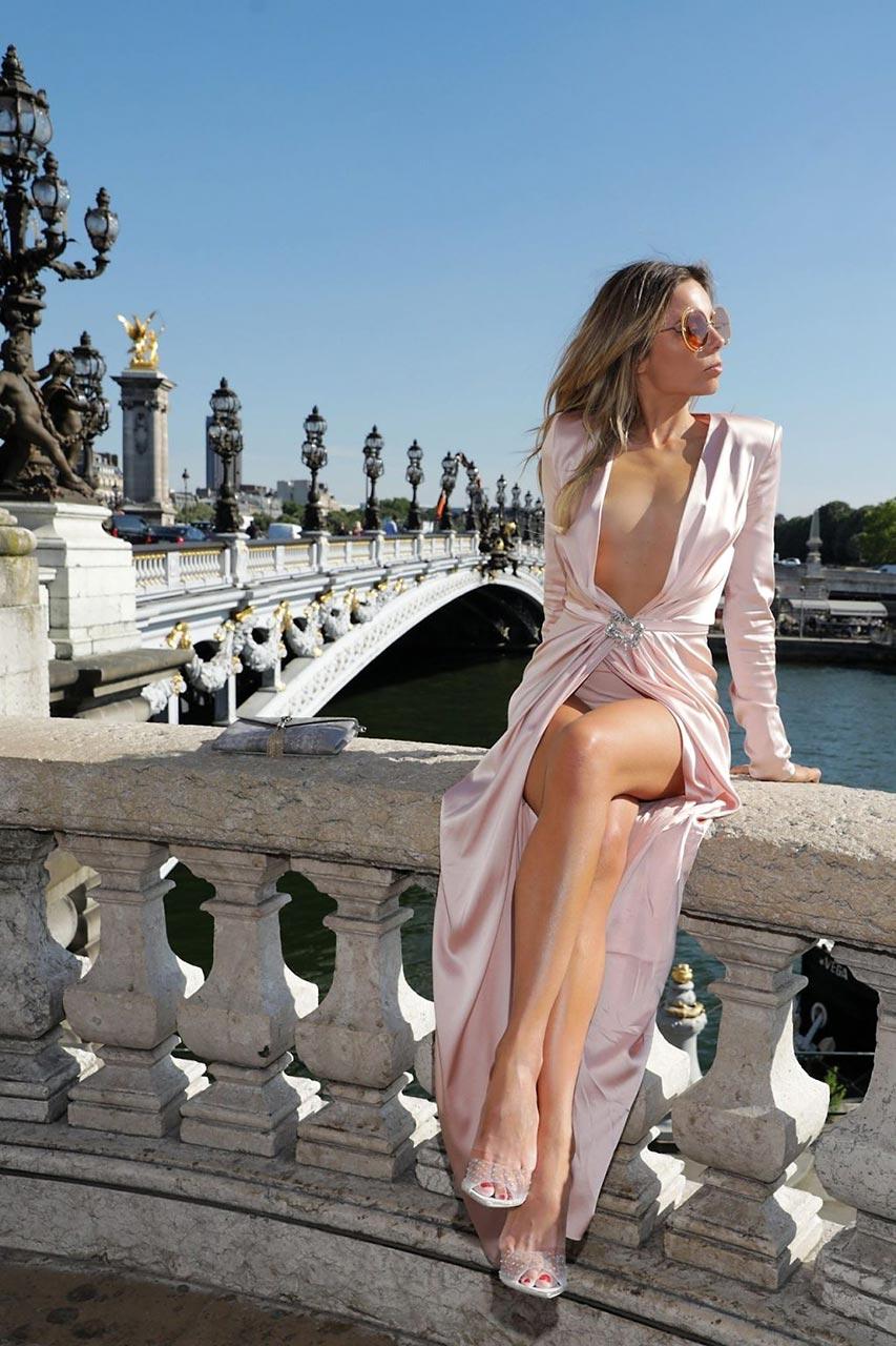 erica pelosini nude nipples in paris   scandal pla