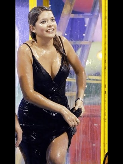 Nackt Holly Willoughby  Holly Willoughby