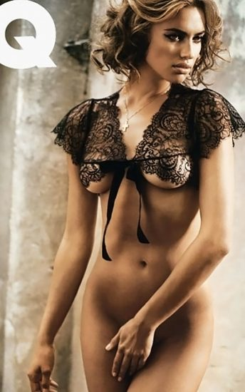 Irina Shayk naked tits