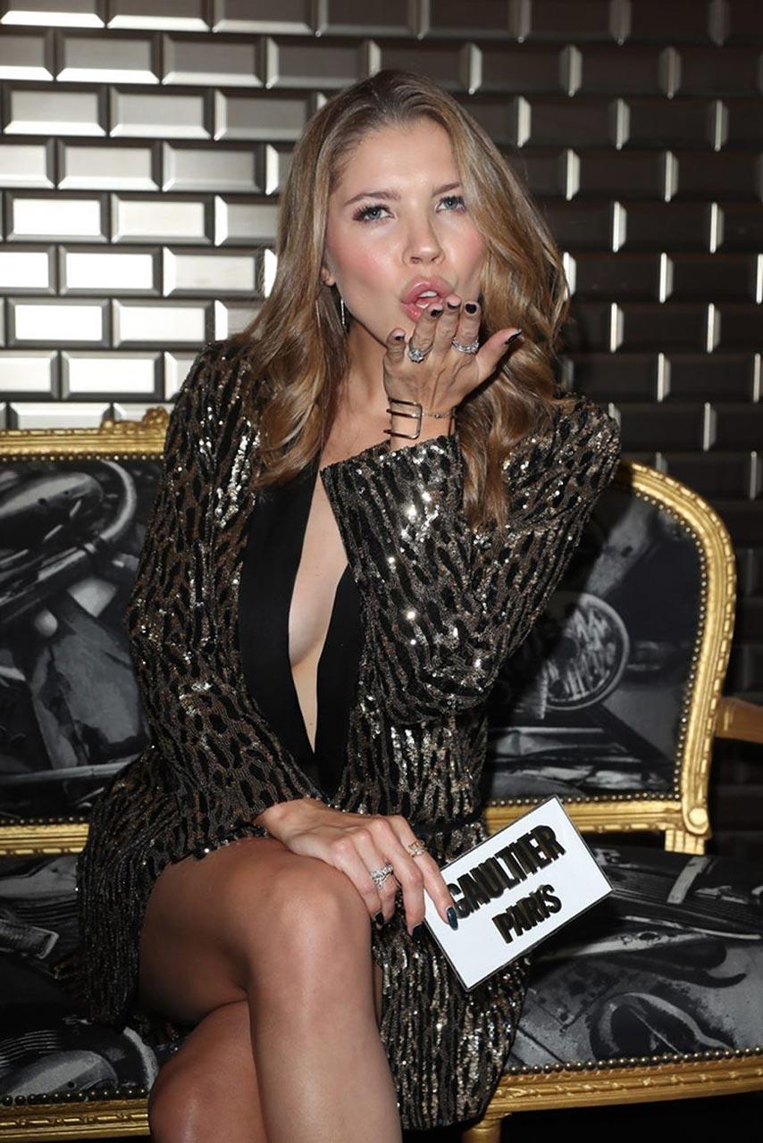 Victoria Swarovski Hot